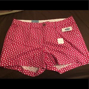Size 14 Old Navy shorts with seashell pattern.